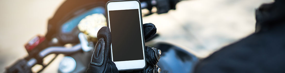 The Top 3 Distractions for Riders to Avoid, StreetRider Insurance, Ontario